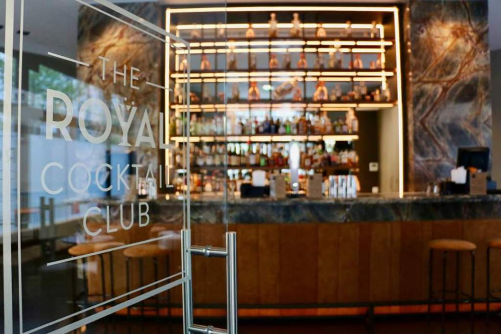 the-royal-cocktail-club.
